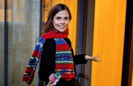 Katrin Jakobsdottir – en nustrologisk analyse