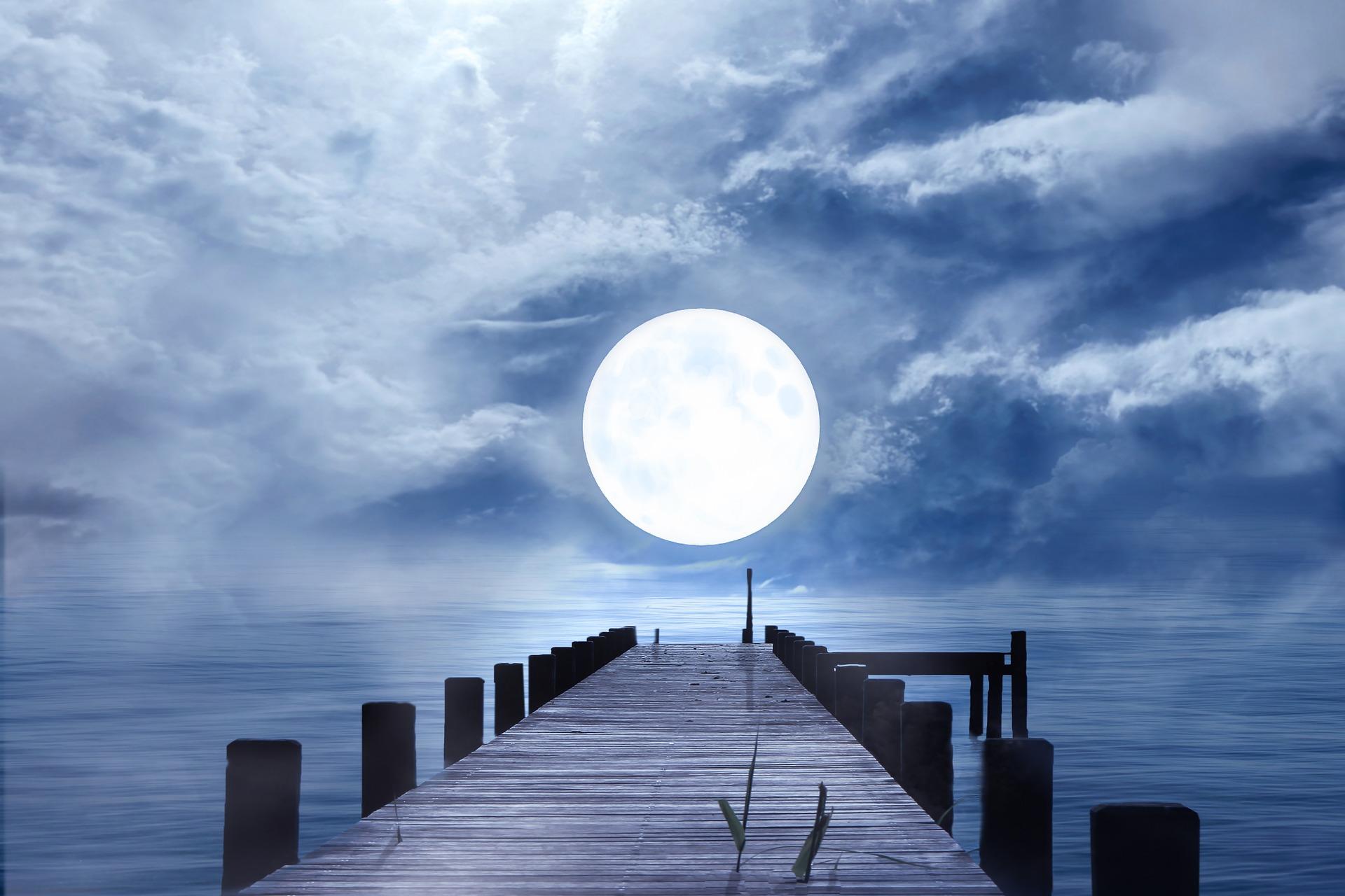 Fuldmåne i Vædderen den 1. oktober og hvad det betyder for dit stjernetegn
